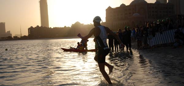 Dans moins de 2 semaines, le Triathlon international d'Abu Dhabi : un plateau de rêve