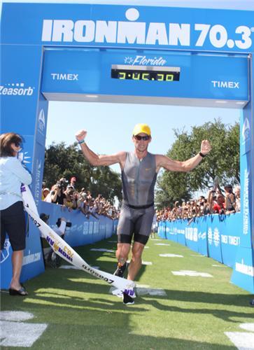 IM 70.3 FLORIDE : Première victoire pour Lance Armstrong