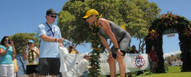 70.3 : La victoire pour Armstrong, Jeuland 6e…