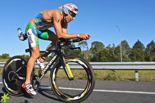 Jacobs et Blatchford s'imposent au triathlon longue distance Husky