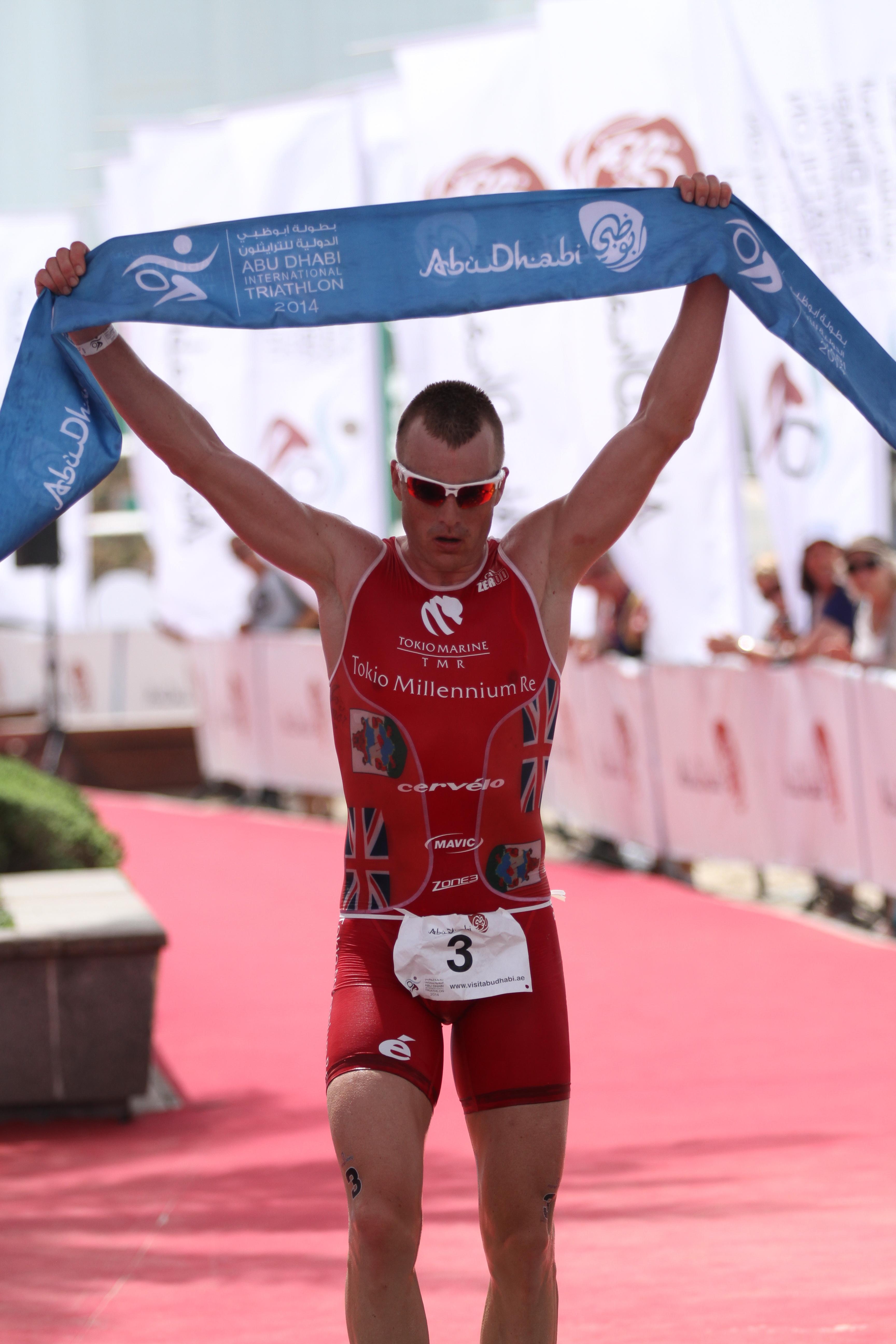 Abu Dhabi Triathlon: premières images de 2014