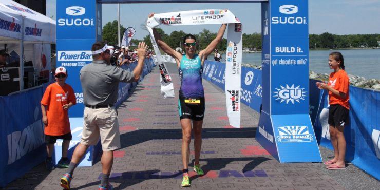Andrew Starykowicz et Heather Wurtele remportent sur le fil l'IRONMAN 70.3 Eagleman.
