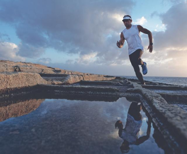 Défi Ultra triathlon: de la Corse à la Sardaigne