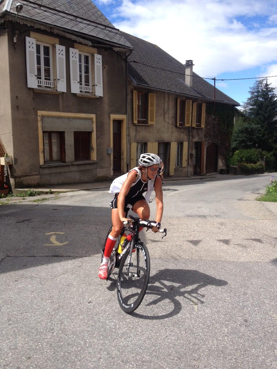 Dans la course femmes… Céline Bousrez en 3e position !!
