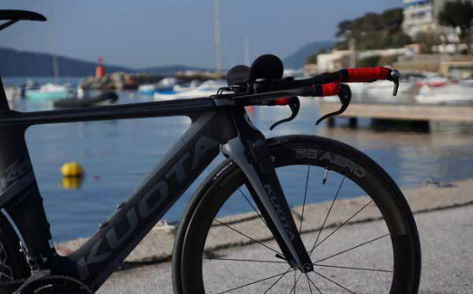 TEST MATERIEL : Vélo Kuota KT05 et roues Reynolds aero 58/72