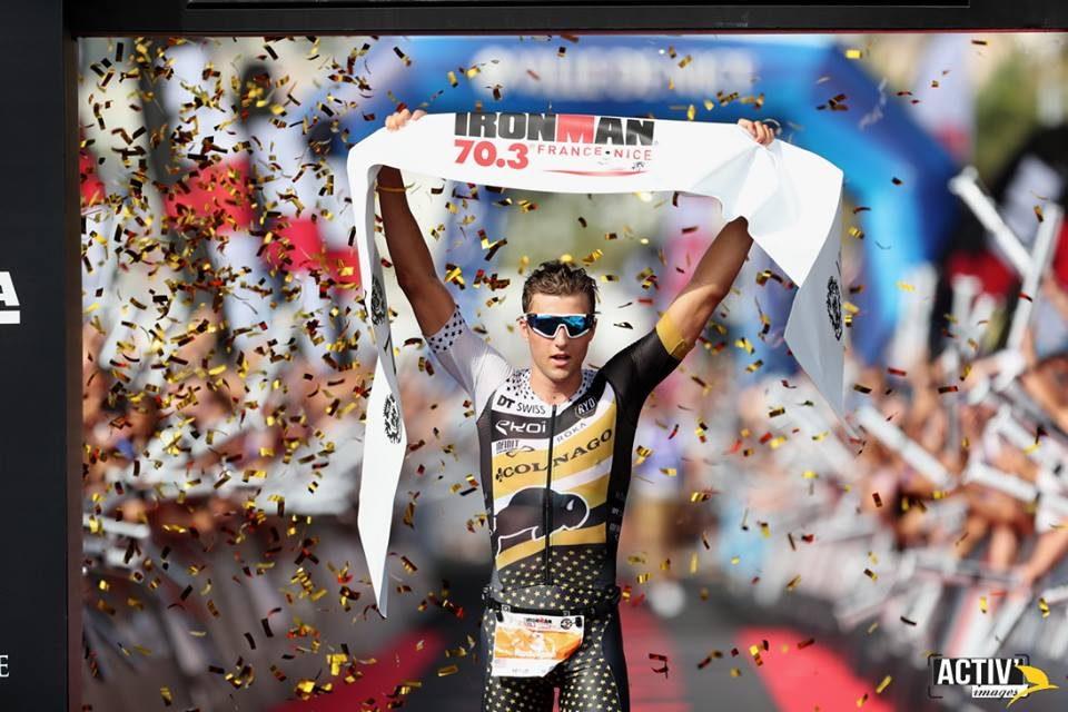 Rudy Von Berg remporte le premier IRONMAN 70.3 Nice. Manon Genêt remporte son second IRONMAN 70.3 en France.